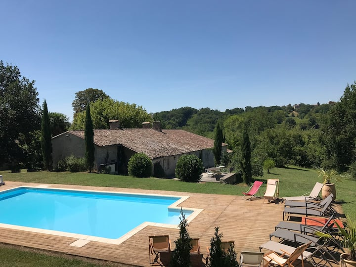 Charming house located  dordogne
