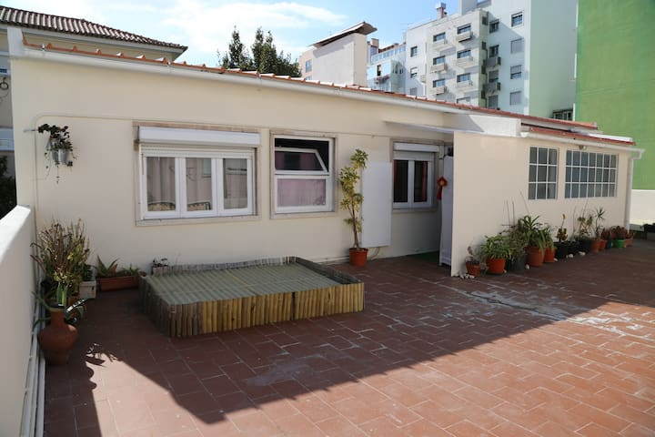 Lisbon Terrace Roma Avenue - Lisbon - Apartment
