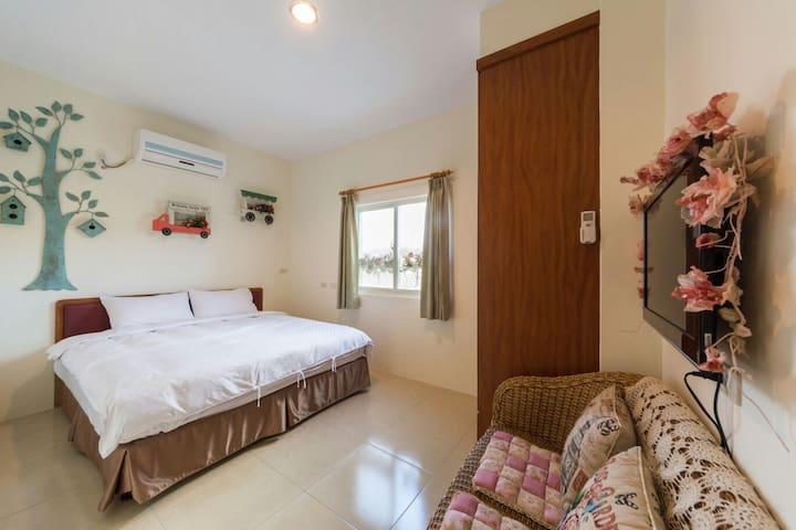 203套房~兩人套房~我們的佈置以~鄉村風~為主~ - 台灣屏東墾丁 - Bed & Breakfast