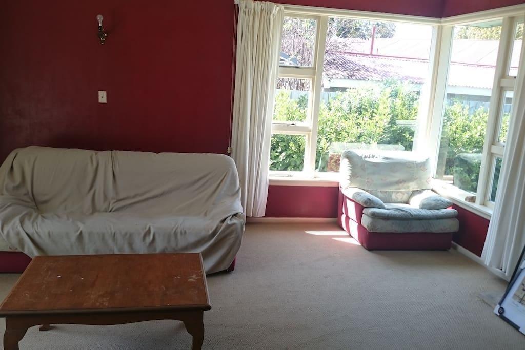 Guest living room.