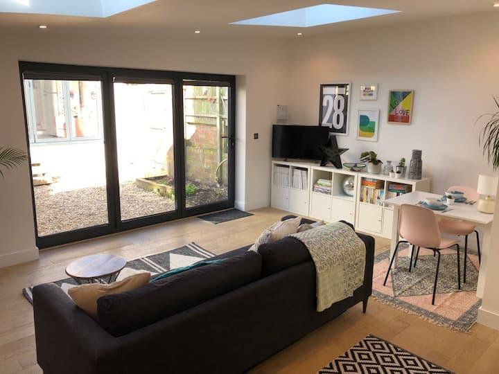 Studio 28, a stylish, sunny, studio apartment