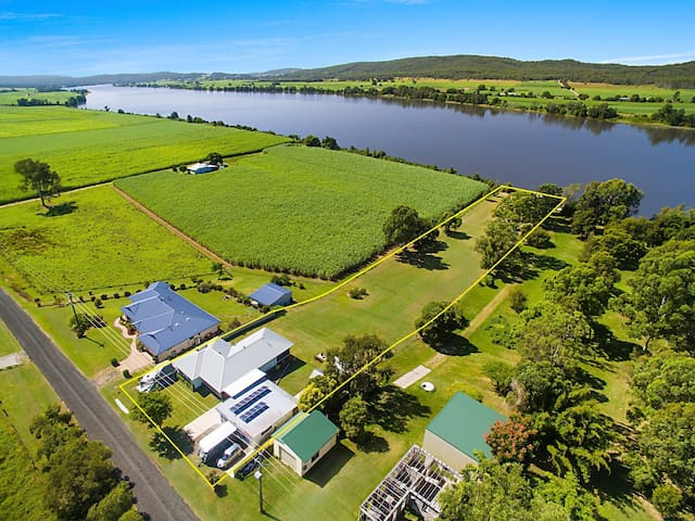 RiverHouse near Yamba Acreage on Clarence River