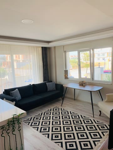 Near airport,beach,EXPO,city center🏡 stylish home🍀