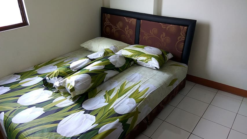 Double bed on 1st room
