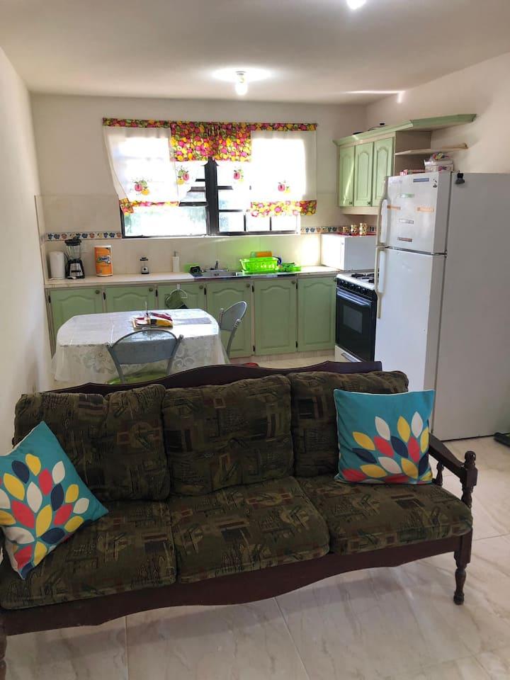 Comfortable, Private Apartment Near Bridgetown