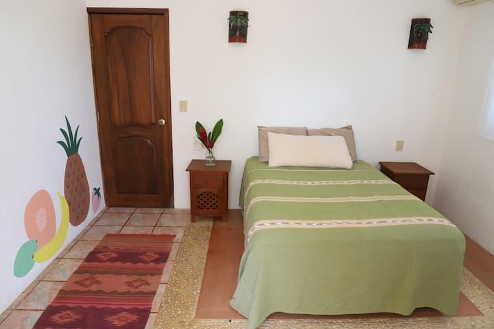 Casa Troncones Beach House - Colibri Suite