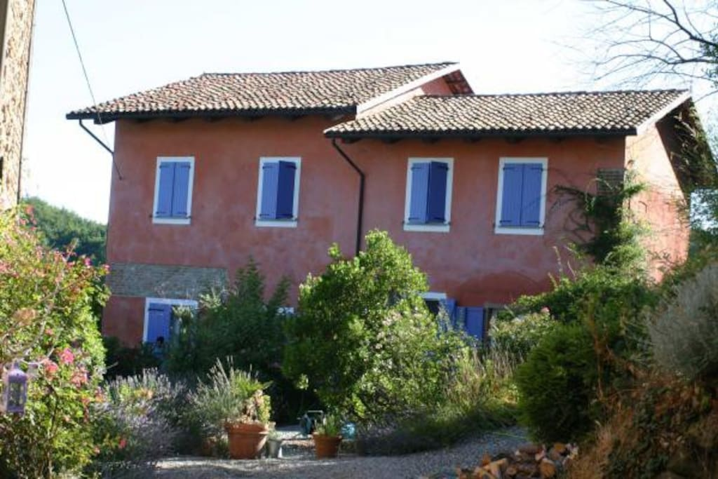 Lavender house chambres d 39 h tes louer brozolo to for Chambre d hote italie