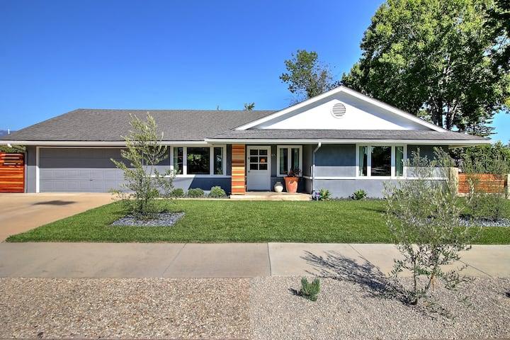 Modern Ranch Style House near Lake Los Carneros