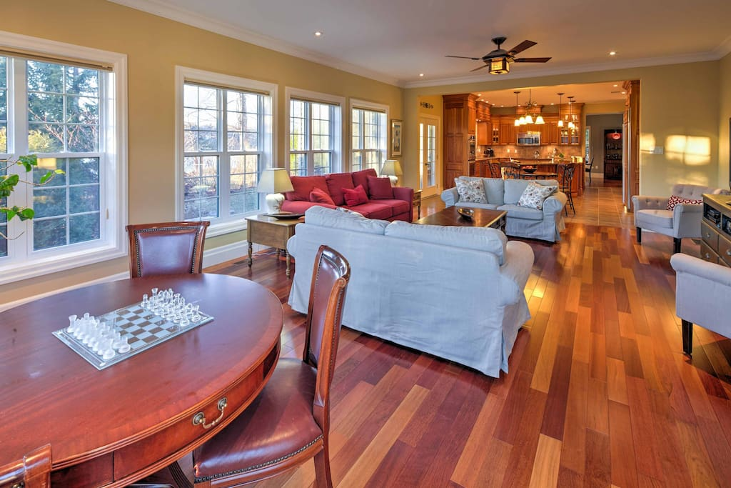 Hardwood floors meet your feet throughout the living and dining area.
