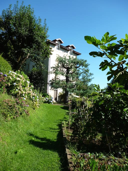 Villa dei primi anni del '900 nella quale è situato l'appartamento