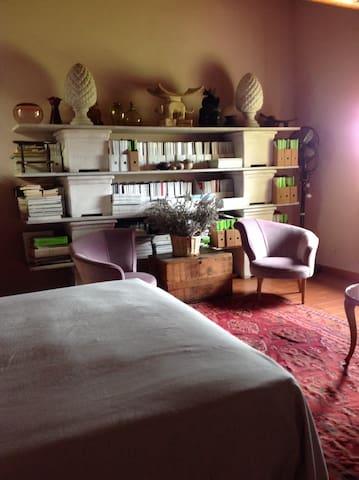 Detail of master bedroom