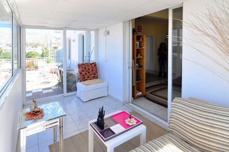 Apt 100m from beach - stunning view - Voula - Byt