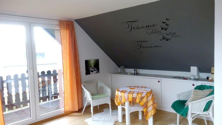 Gästezimmer in Albersdorf - Albersdorf - Leilighet