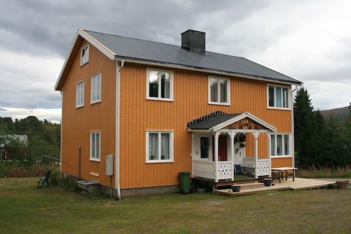 Apartment in Jäkkvik Lapland Villa Ilstad