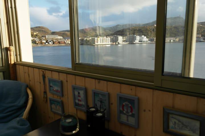 Panorama view in Hammerfest. - Hammerfest - Huoneisto