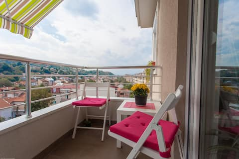 This apartment offers one of the best views in Skopje - a view of the Mountain Vodno and the Millenium Cross