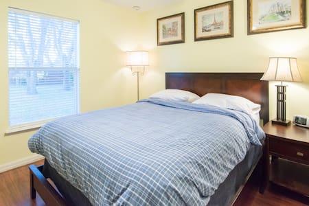 Chuluota's Airbnb Room