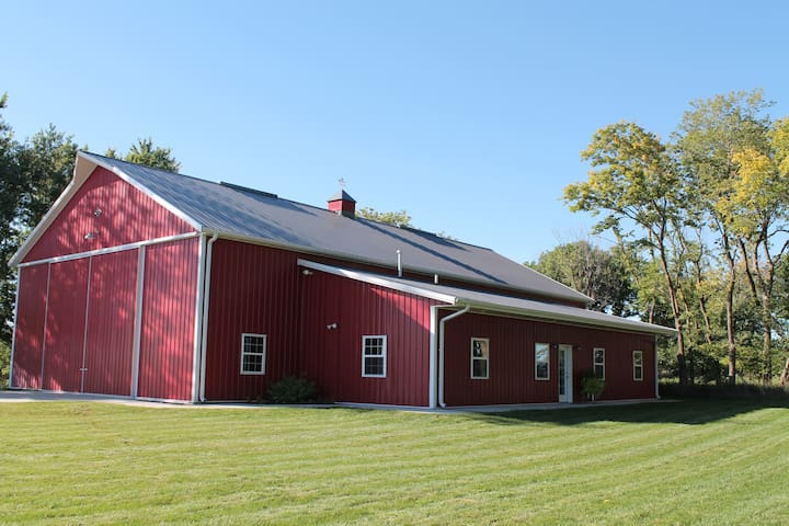 The Noble Barn Nebraska Experience! - Humphrey - Apartamento