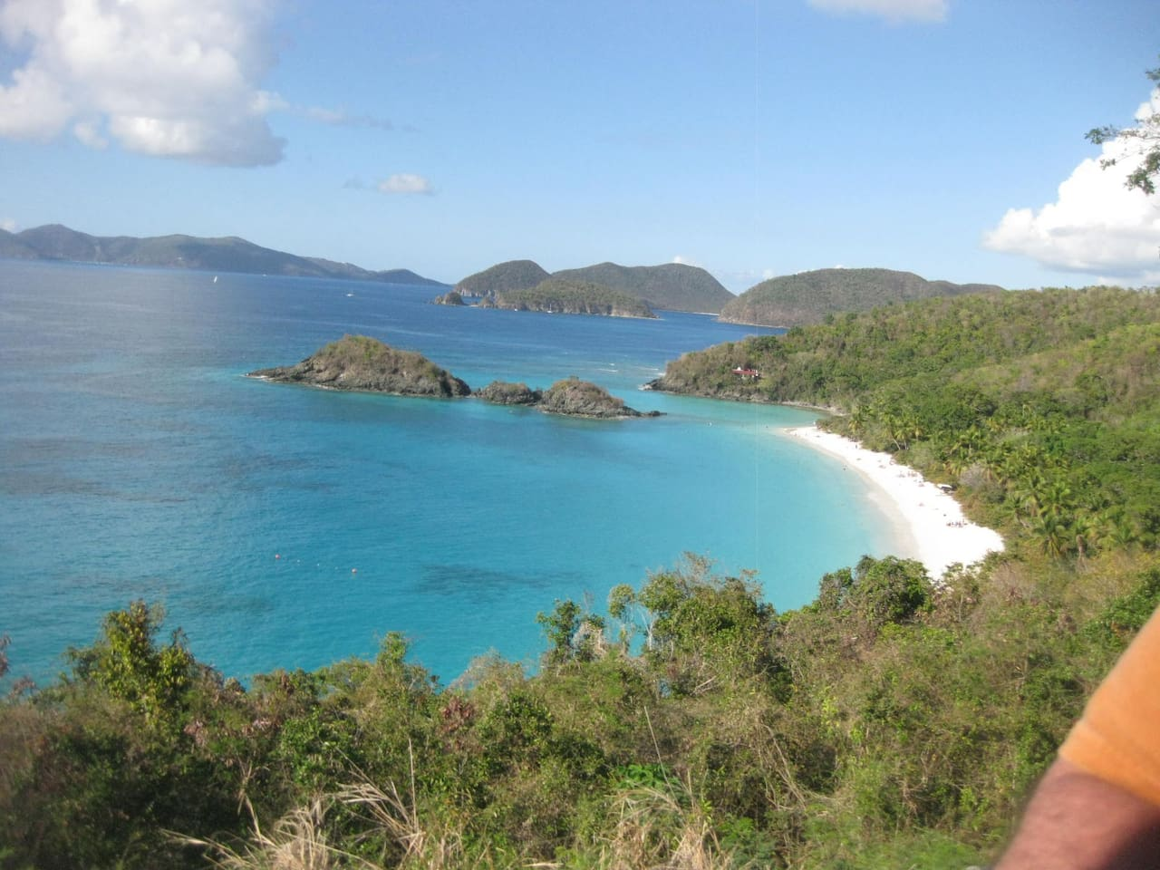 Welcome to Beautiful St John~! North shore National park Trunk Bay just 10 min away