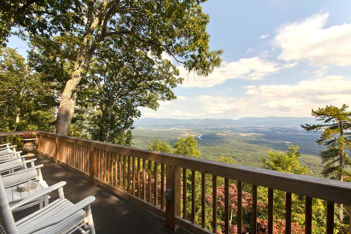 Mountain Top A+ Views! - Luray - Huis