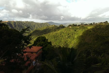 Family Home with Wonderful View - Barranquitas - 独立屋