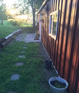 Get-away in the barn--one bedroom apartment. - Manhattan - Guesthouse