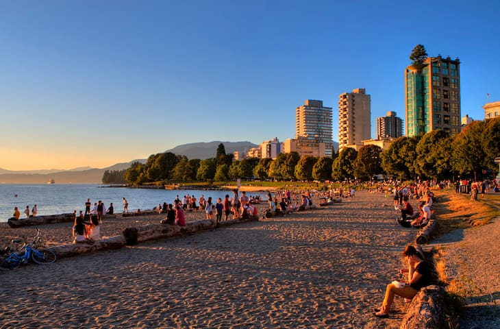 Cute Studio Apartment close to English Bay - Vancouver - Apartamento