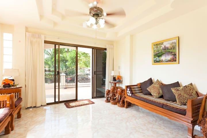 4 Bedrooms & 4 Bathrooms House - Sansai - House