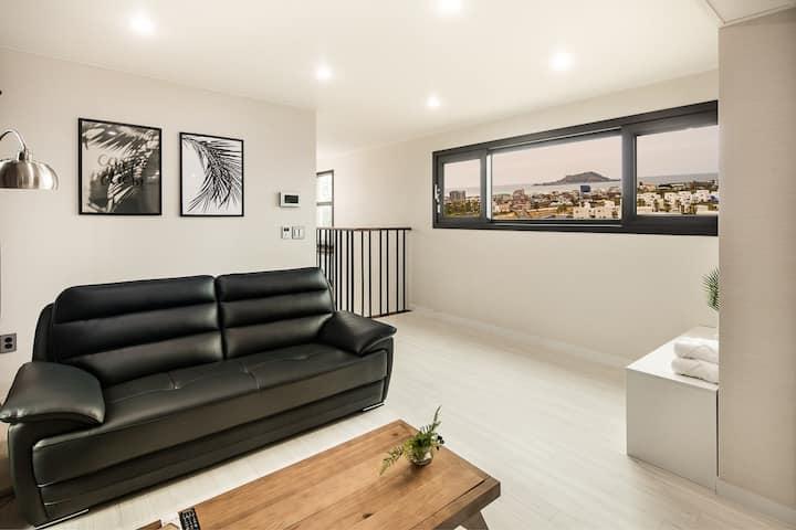 협재 바다와 비양도가 내려다보이는 60평 독채 프라이빗 하우스, 야베스의 집 A동