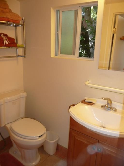 bathroom bungalow 1