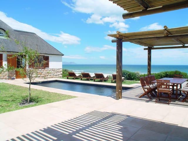 La Gratitude (Self-Catering) Beach Villa