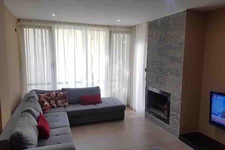 Lalezi bay apartment