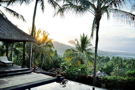Amazing 3 bedroom Villa (2 Storey )