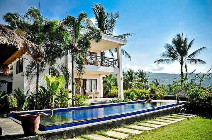 Serene Honeymoon Villa ( 2 Storey) - Lombok - Willa
