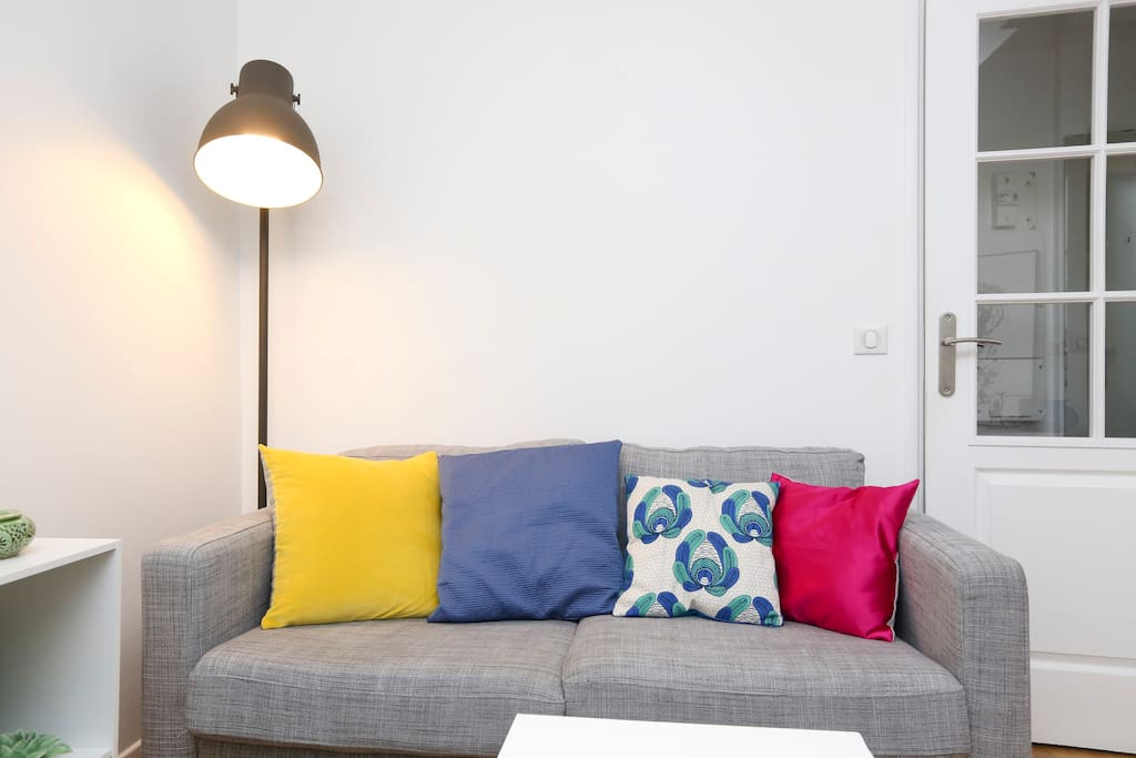Bright and cosy living room