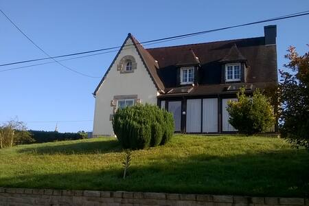 Maison bretonne KER NEVEZ - Plounérin