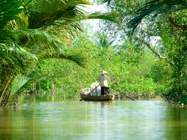Mekong Delta Tour by boat 2 days