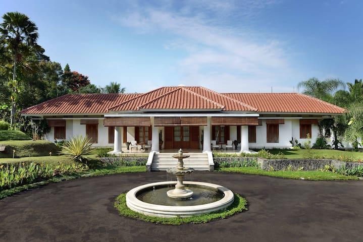 Villa Cempaka Fontaine la Riviere