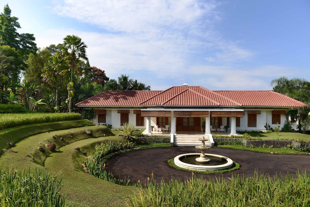 The villa is located in the middle of the rice fields