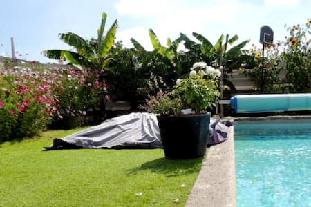 VILLA with swimming-pool DECO++ - La Jarrie