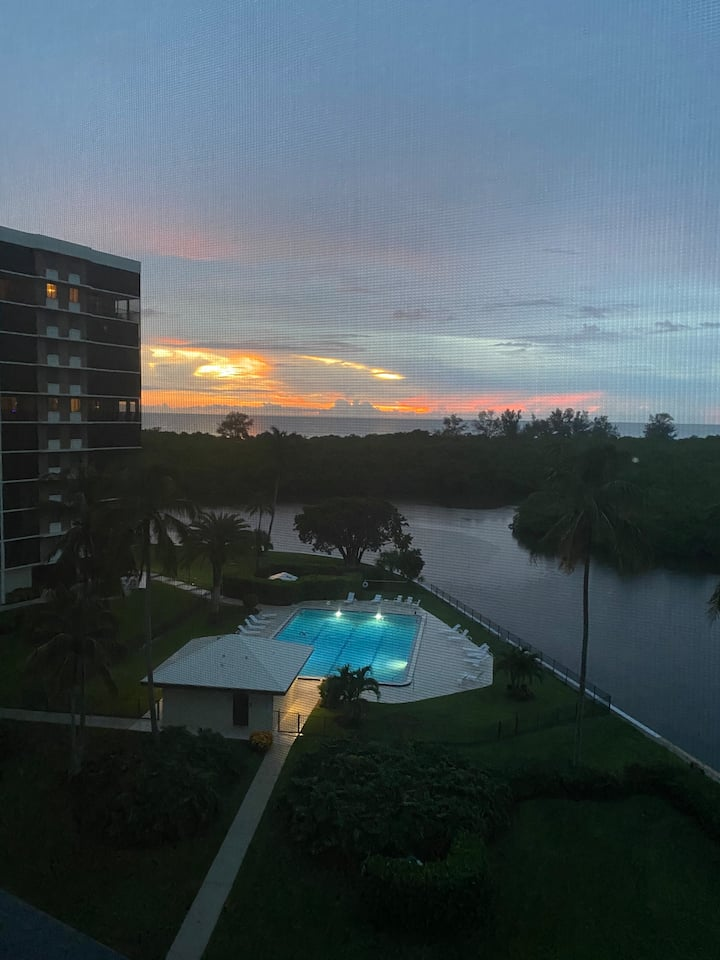 Spectacular Gulf View Condo