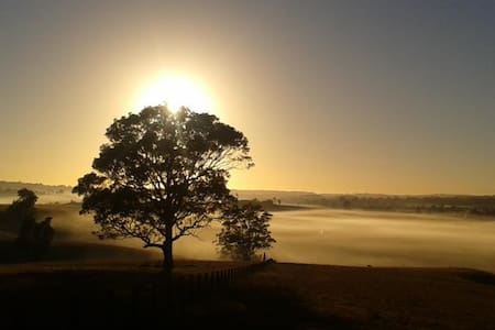 HUNTER VALLEY, NSW  - Studio Room - LOWER BELFORD - Bed & Breakfast