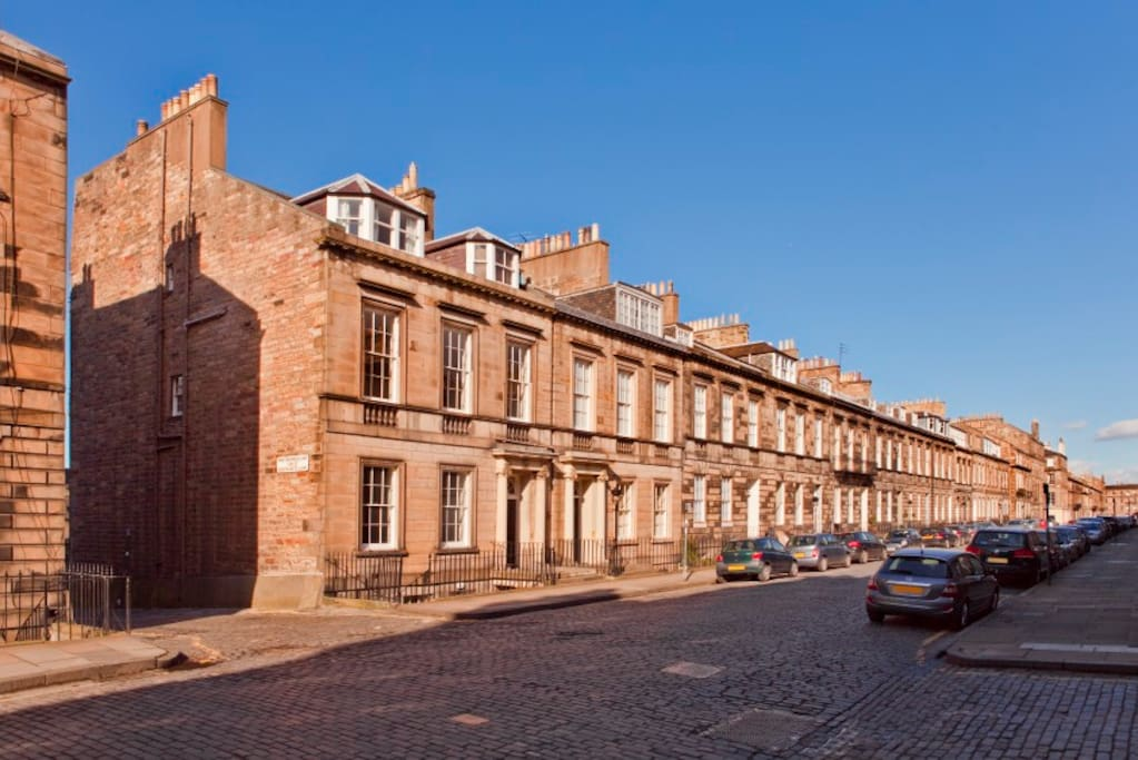 The apartment is located in a quiet residential street, only minutes away from Princes Street.