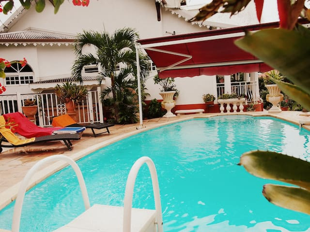 Villa avec piscine Guadeloupe - Saint-Claude - Rumah