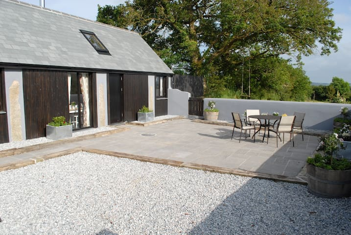 Daisy's - Modern Barn Conversion - Boyton