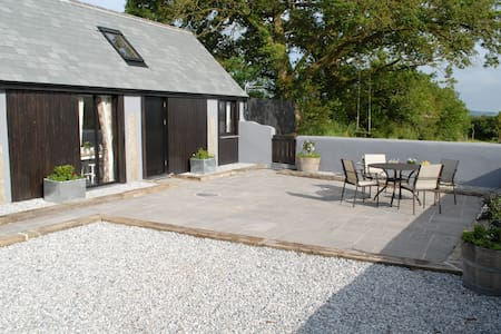 Daisy's - Modern Barn Conversion - Boyton - Casa