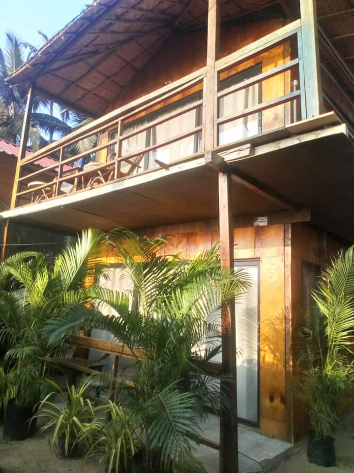 AC Sea-view Eco wooden cottage @ Palolem Beach