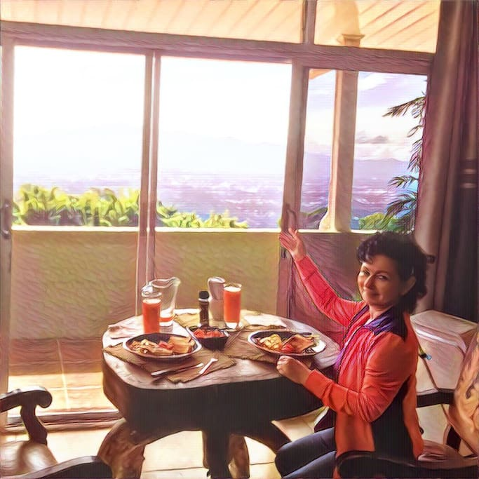 One of our guest was nice enough to take a breakfast photo..full breakfast with fresh juice is Free of course.
