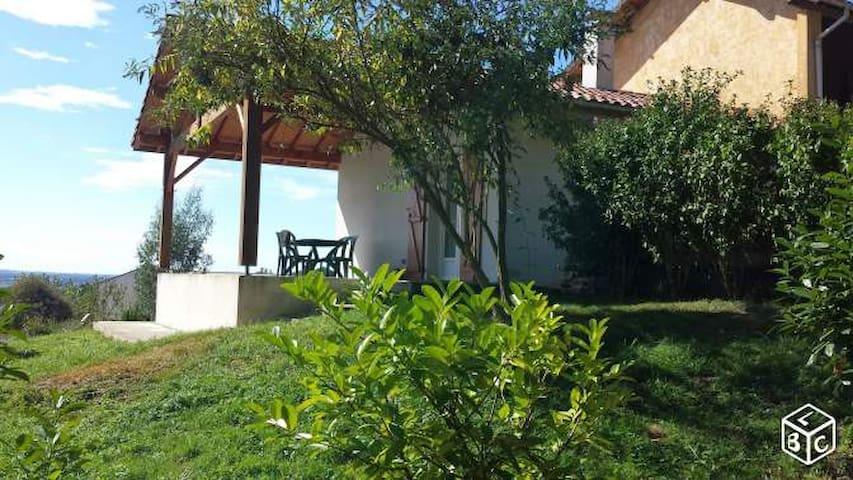 Jolie maison avec terrasse couverte - Gaujacq