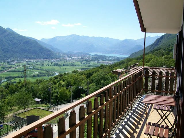 Holiday apartment in Valtellina - Cino - Wohnung